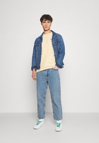 BDG Urban Outfitters - Slim fit jeans - bleach - 1