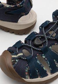 Keen - WHISPER - Walking sandals - navy/birch - 5