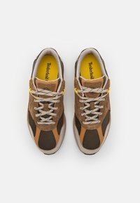 Timberland - FIELD TREKKER - Trainers - medium brown - 3