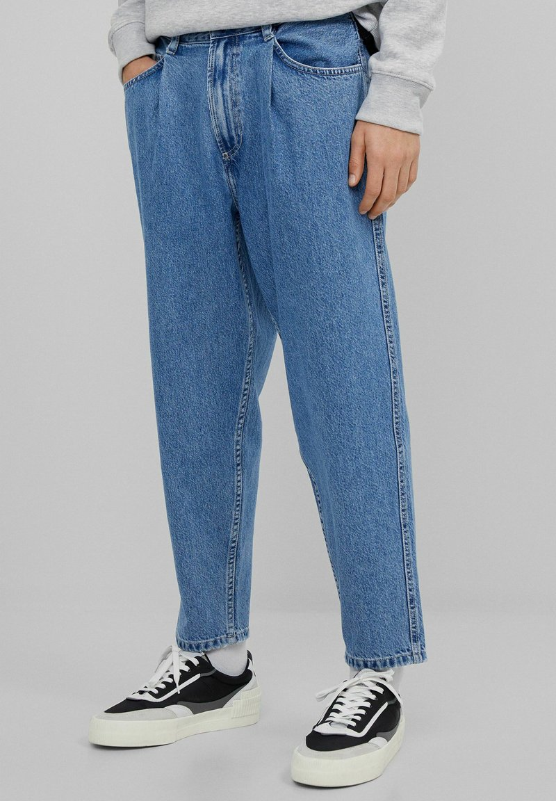 Bershka - Straight leg jeans - dark blue