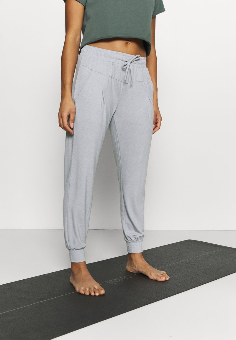 Even&Odd active - Tracksuit bottoms - grey