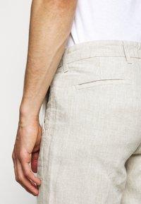 NN07 - KARL  - Trousers - oat - 4