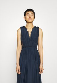 YAS - ELENA MAXI DRESS SHOW - Iltapuku - dark sapphire - 3