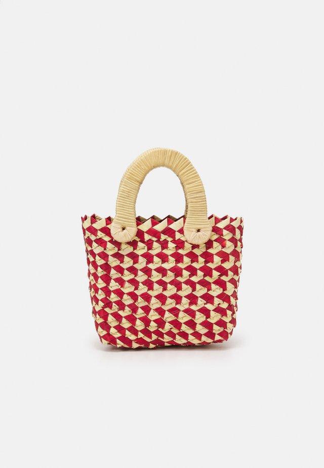 BELLE MINI TOTE - Käsilaukku - red