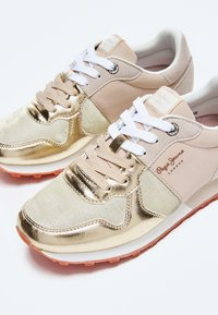 Pepe Jeans - VERONA W VERSUS - Trainers - gold - 4