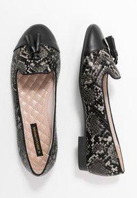 Dorothy Perkins - PALMA  - Scarpe senza lacci - brown/green - 3