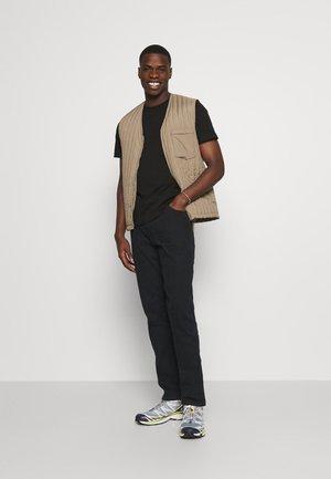 CHEST LOGO 2 PACK - Print T-shirt - tawny port/black