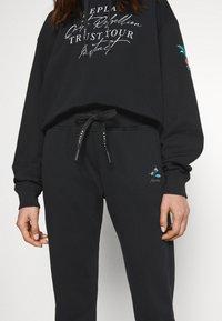 Replay - ROSE COLLECTION PANTS - Pantaloni sportivi - black - 4