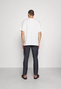 Bally - Jednoduché triko - white - 2