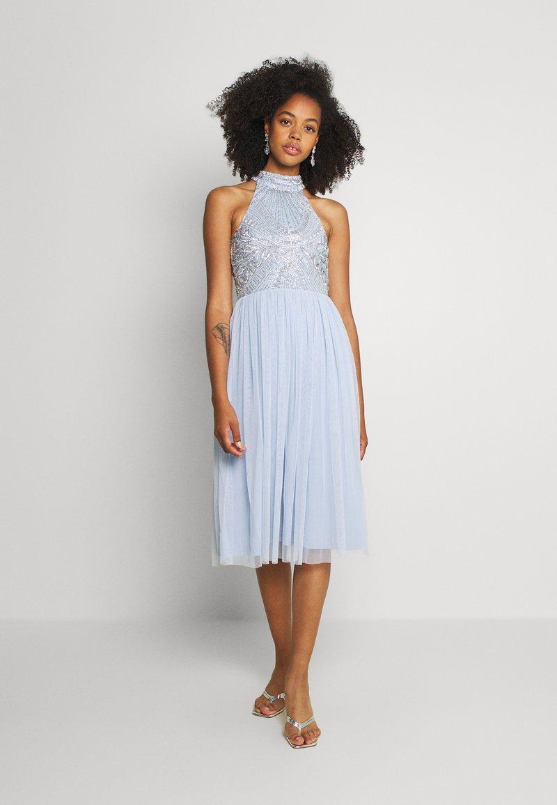 Lace & Beads - MAISY MIDI - Koktejlové šaty/ šaty na párty - light blue