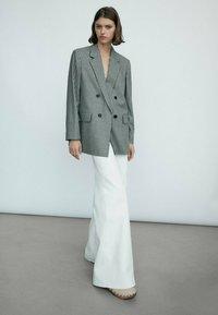 Massimo Dutti - Short coat - black - 2