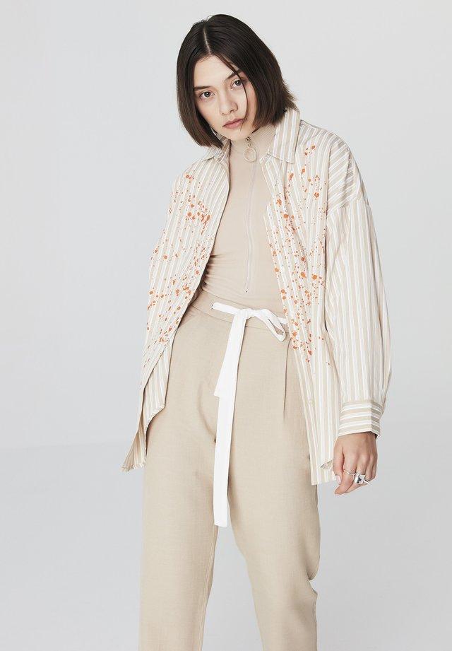 Camisa - stone