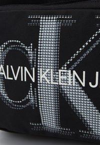 Calvin Klein Jeans - CAMPUS - Rucksack - black - 3