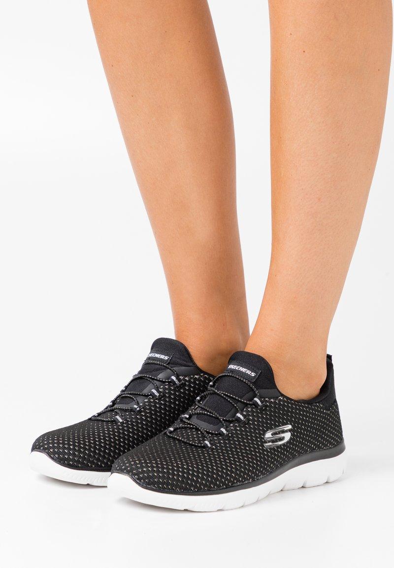 Skechers Sport - SUMMITS - Trainers - black/silver