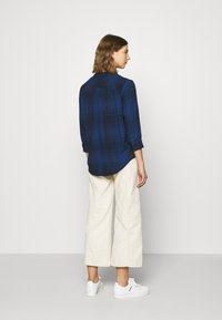 Lee - ESSENTIAL BLOUSE - Blouse - washed blue - 2