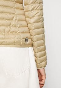 Colmar Originals - LADIES JACKET - Down jacket - sandy/spike - 3