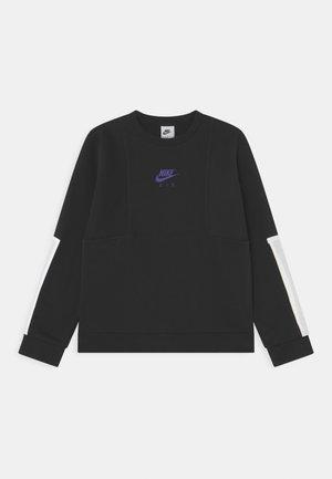 AIR CREW - Sweater - black/white/persian violet
