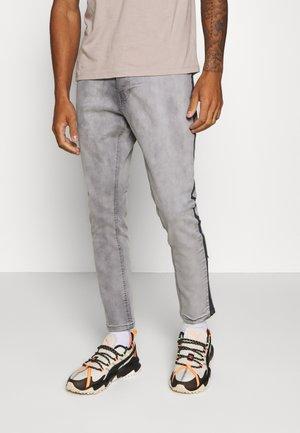 Džíny Relaxed Fit - grey