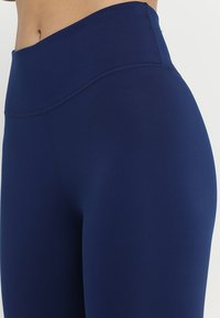 Nike Performance - ONE - Leggings - blue void/white - 5