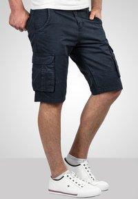 Alessandro Salvarini - Shorts - navy - 0