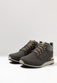Salomon - UTILITY FREEZE CS WP - Winter boots - peat/mineral gray/taos taupe - 2