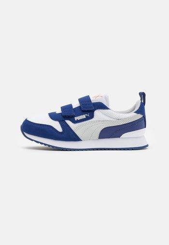 R78 - Tenisky - white/gray violet/elektro blue