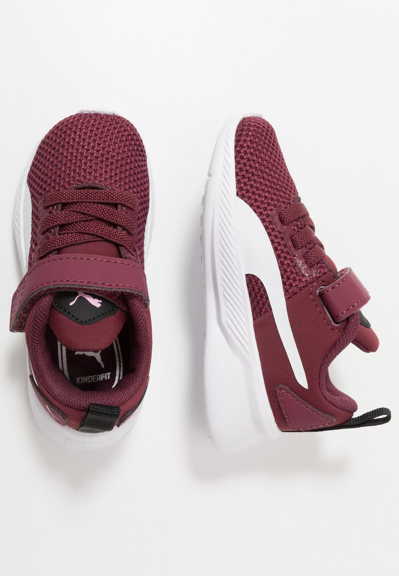 Puma - FLYER RUNNER UNISEX - Neutral running shoes - burgundy/white/pale pink