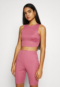 Missguided - RACER NECK CROP AND CYCLING SET - Shorts - pink - 3
