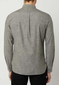Nowadays - Shirt - rosin - 0
