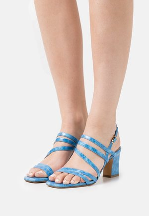 Sandals - azur