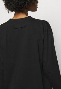 MM6 Maison Margiela - Long sleeved top - black - 4