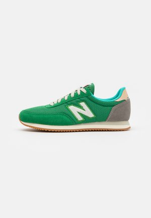 720 UNISEX - Zapatillas - varsity green