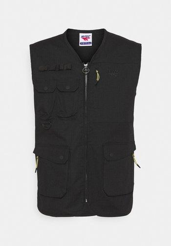 WAMI - Waistcoat - black