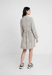 Vero Moda - VMAFIA BOW DRESS - Day dress - pistachio shell - 2