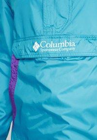 Columbia - CHALLENGER - Windbreaker - clear water/vivid blue - 6