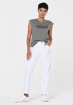 SOUL JEN-NA MOM FIT JEANS OPTIC WHITE - Straight leg jeans - opticwhite