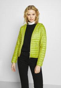 Opus - HOWIE - Lehká bunda - green leaf - 0