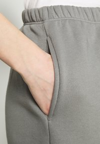 Nly by Nelly - COZY PANTS - Tracksuit bottoms - gray/blue - 5