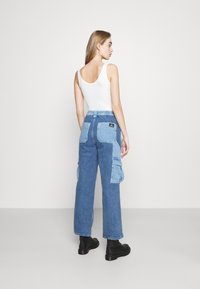 BDG Urban Outfitters - PATCH SKATE - Jeans relaxed fit - bleach - 2