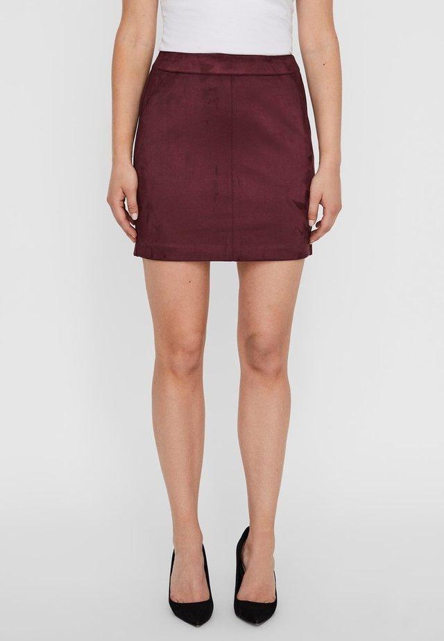 VMDONNA DINA - Pencil skirt - port royale