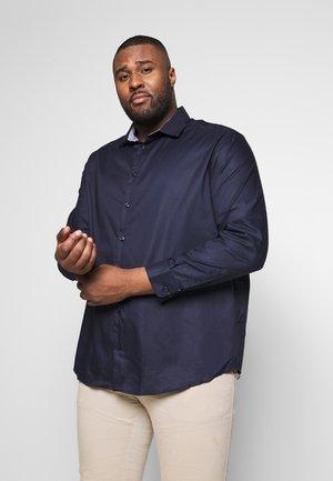 SLHREGNEW MARK - Overhemd - navy blazer