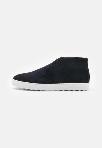 High-top trainers - azul
