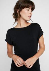 AMOV - ANE DRESS - Sukienka z dżerseju - black - 4