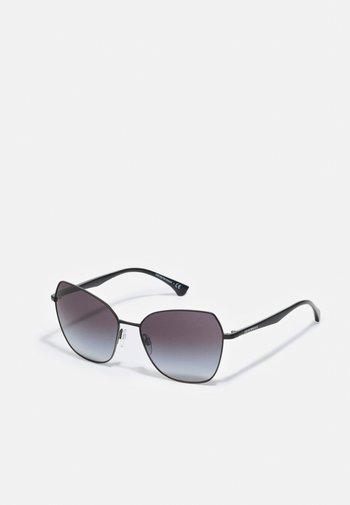 ESSENTIAL LEISURE - Sunglasses - gunmetal gradient black