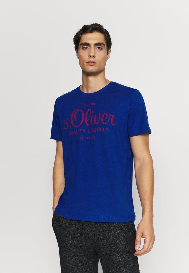 KURZARM - T-shirt imprimé - blue