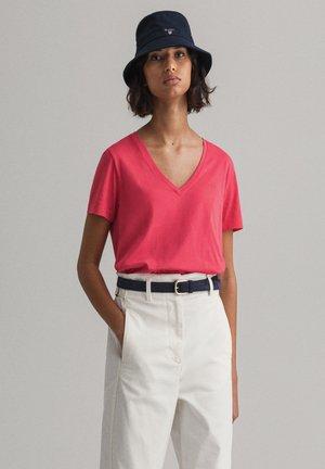 Basic T-shirt - watermelon red