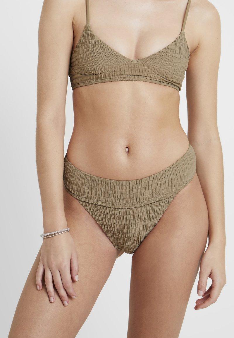 Topshop - LEG PANT - Bikiniunderdel - khaki