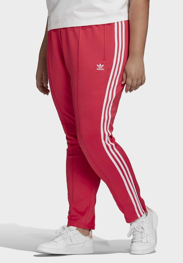 PRIMEBLUE SST TRACKSUIT BOTTOMS (PLUS SIZE) - Pantalon de survêtement - pink