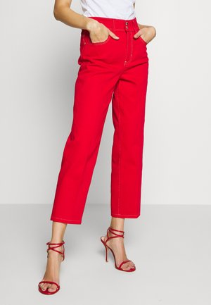 LADY TROUSER - Jeans Straight Leg - racing red