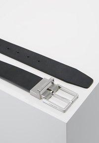 Calvin Klein - CASUAL GIFT SET - Belt business - black - 2